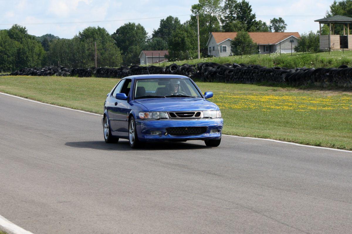 NA National Saab Track Day 011