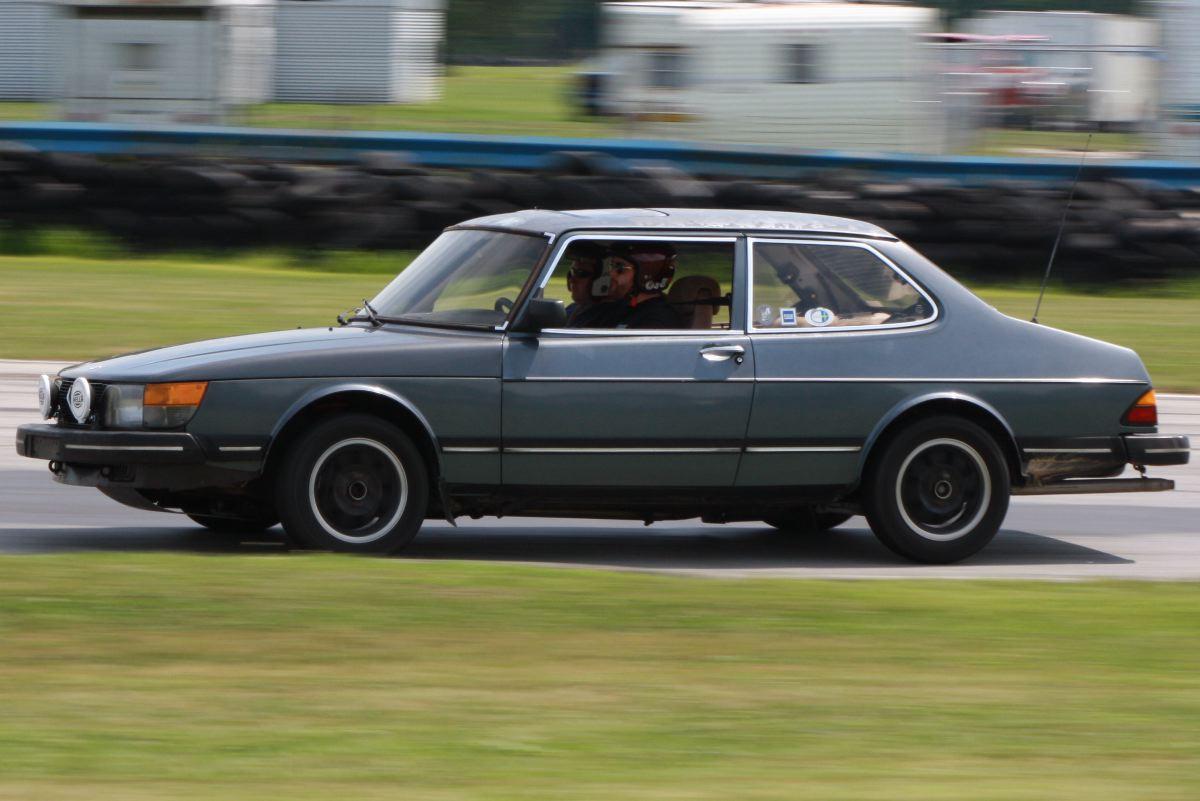 NA National Saab Track Day 107