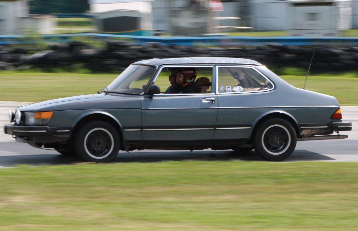 NA National Saab Track Day 112
