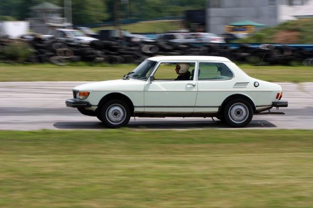 NA National Saab Track Day 086